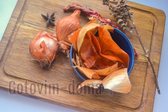ингредиенты сало в луковой шелухе специи