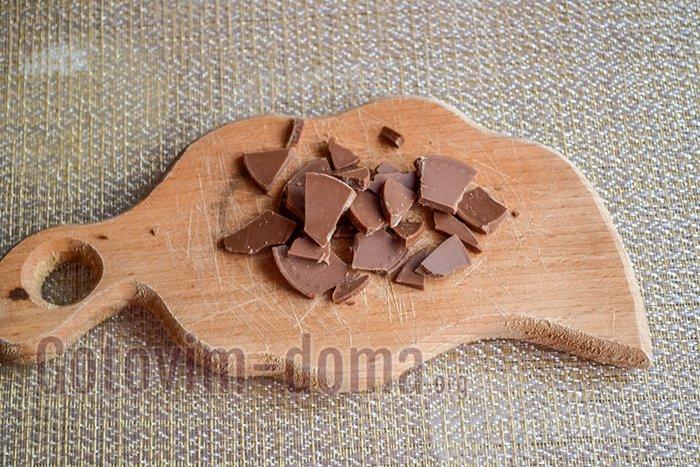 разламываем шоколад