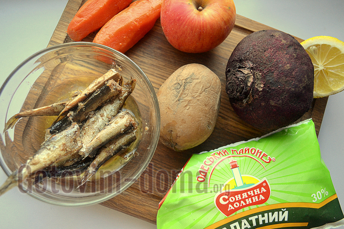 Салат Шпроты под шубой, рецепт с фото
