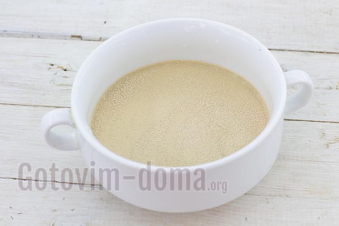 дрожжи с молоком