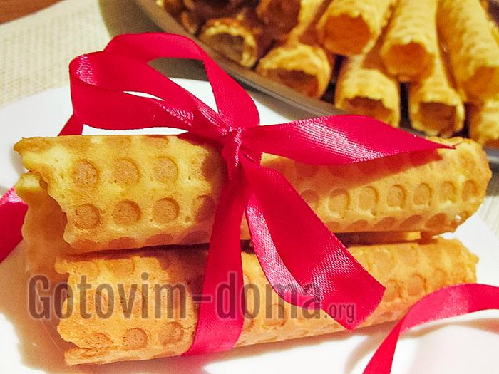 вафельные трубочки в вафельнице со сгущенкой рецепт