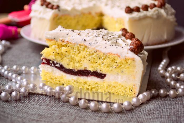 Как приготовить домашний торт с бисквитными коржами