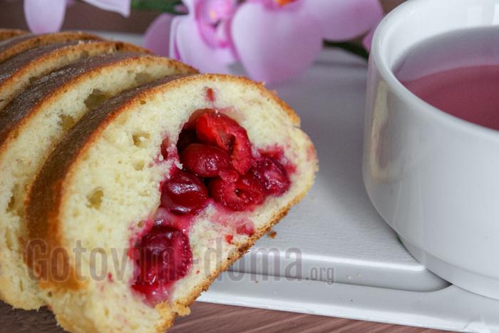 Легкий рецепт пирога с вищнями