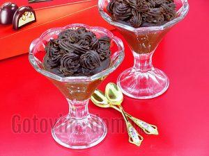 шоколадный десерт из какао