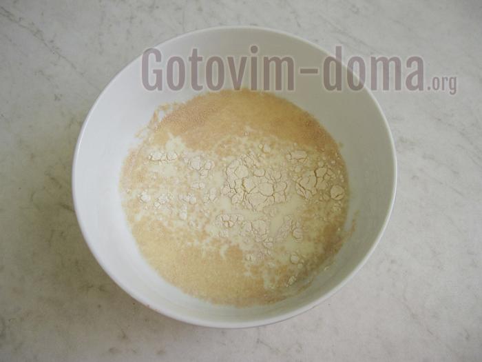 готовим дрожжевую опару для пирога