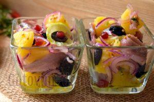 Салат с анчоусами, самый вкусный рецепт