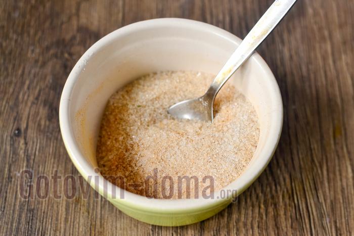 смешиваем корицу с сахаром