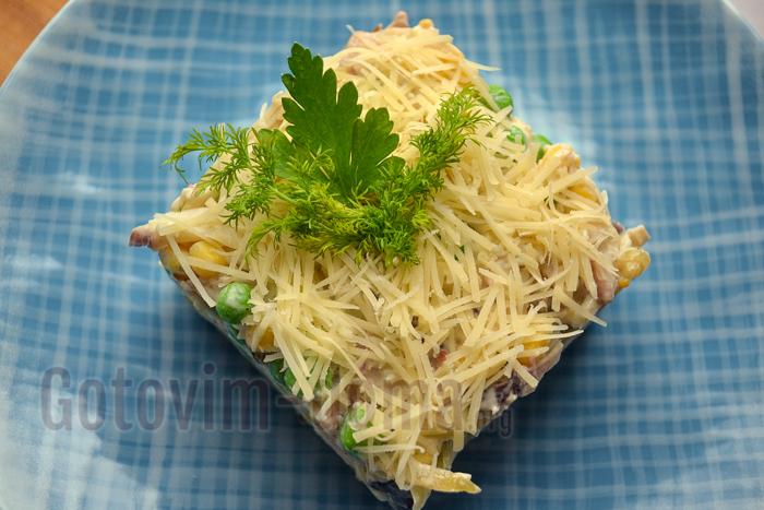 украшаем салат заленью