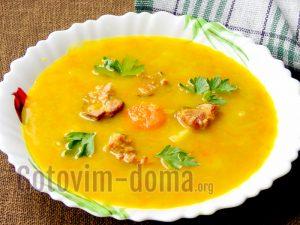 Приготовление горохового супа с копченостями пошагово