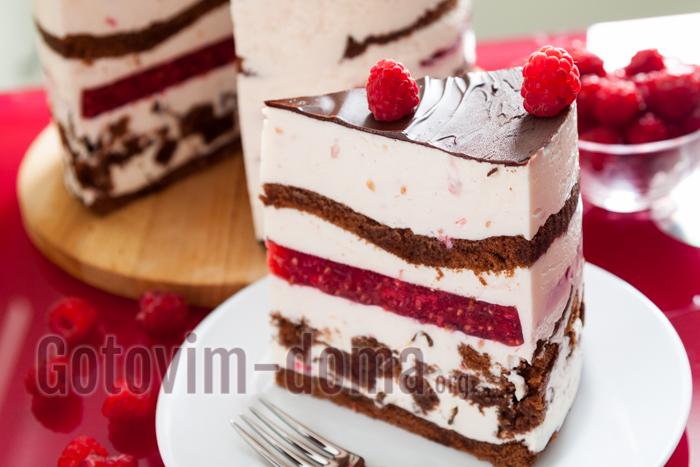 торт с малиной и компоте