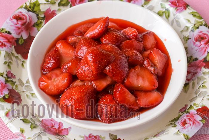 ягоды перекладываем