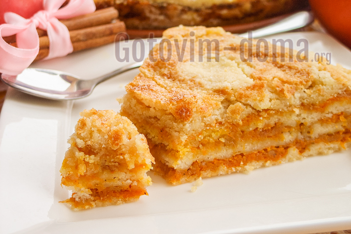 готовим дома насыпной яблочный пирог