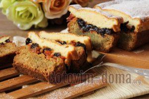 творожный кекс с курагой и черносливом в духовке