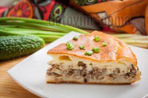 вкуснейший быстрый пирог с рыбной консервой