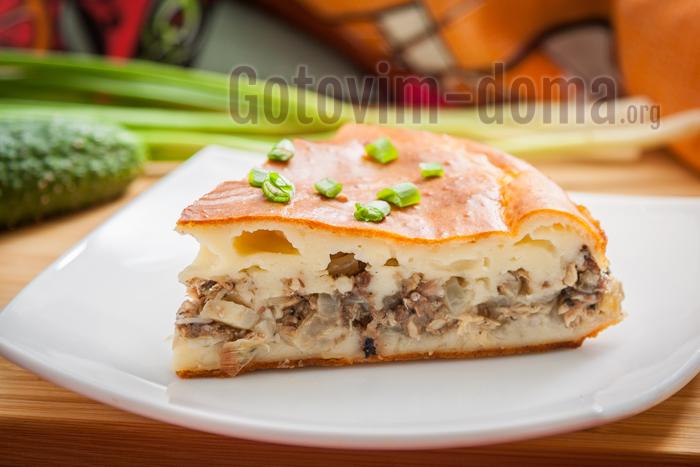 Заливной пирог с сайрой на кефире, пошаговый рецепт с фото