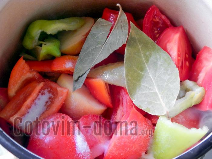 овощи для кетчупа, лавровый лист