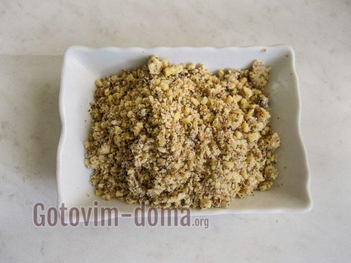 растолочь грецкие орехи