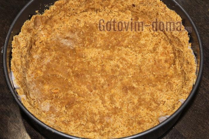 делаем корж из печенья с маслом