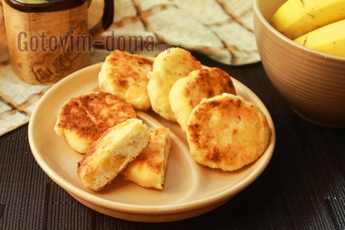 сырники с бананом и манкой легко и просто