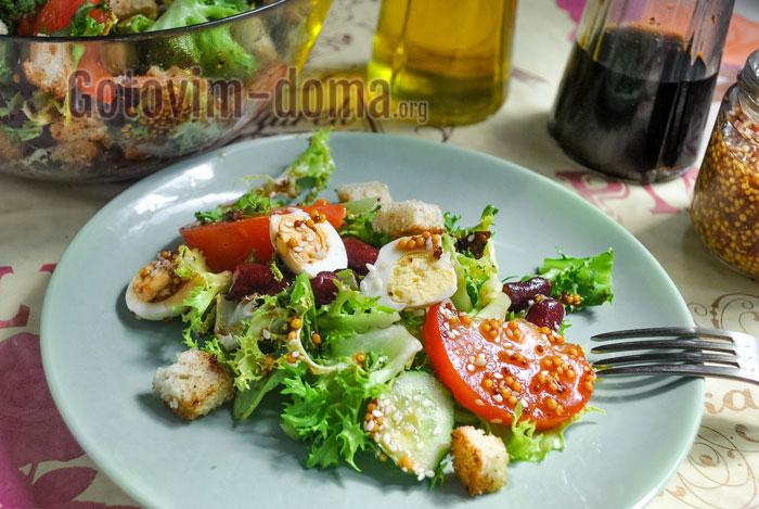 салат с красной фасолью и сухариками быстро и просто
