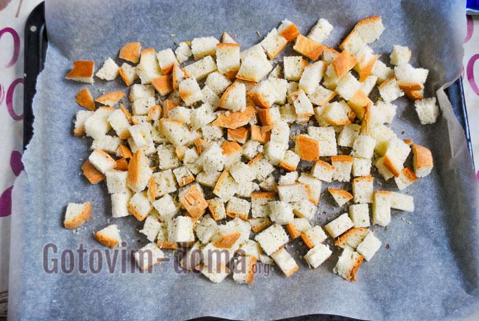 подсушить хлеб в духовке