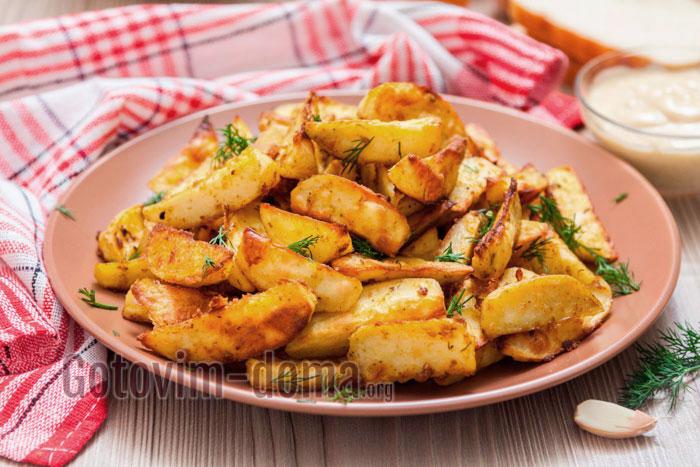 картофель по деревенски с чесноком
