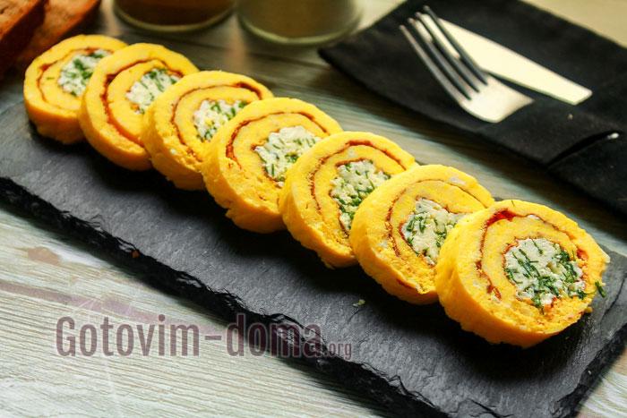 Самый вкусный яичный рулет с сыром и чесноком
