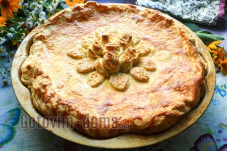 пирог с курицей из слоеного теста рецепт