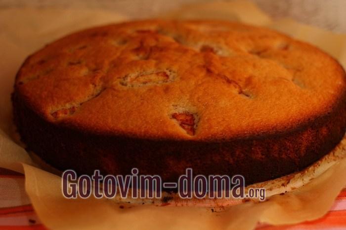 Малиновый пирог готов