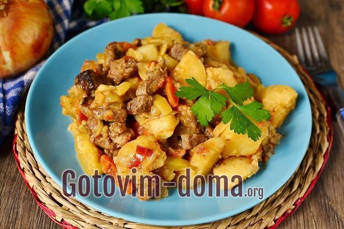 кабачки с картошкой и свининой