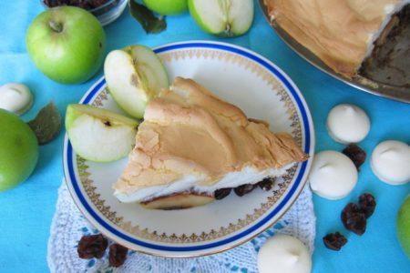 Пирог с яблоками и безе, рецепт с фото
