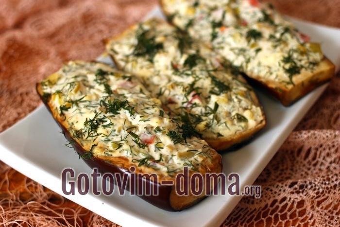 Баклажаны фаршированные сыром и овощами, рецепт с фото