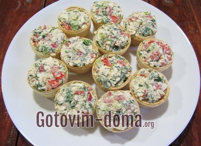 Тарталетки с сыром и помидорами самые вкусные