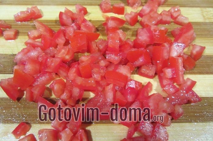 Мякоть помидора кубиками