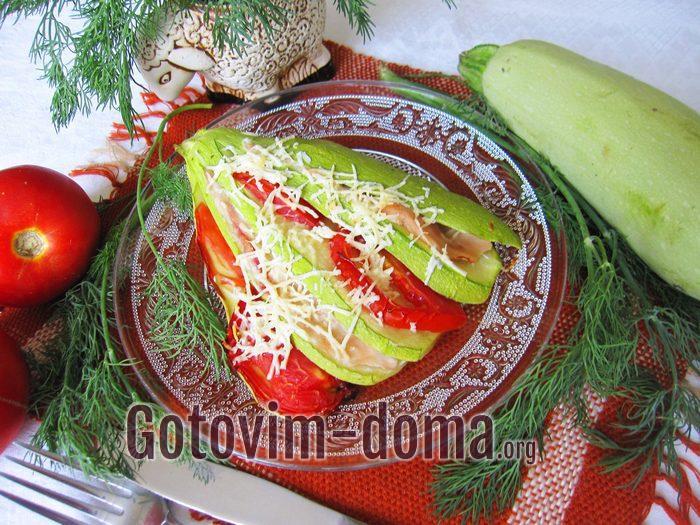 Веер из кабачков с куриным филе, рецепт с фото