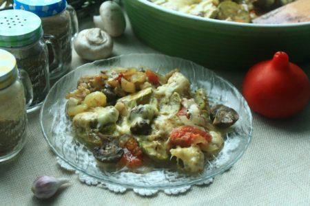 Овощи под сыром в духовке, рецепт с фото