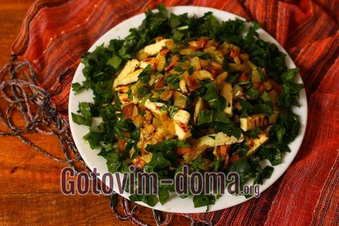 Салат из печеных овощей с жареным сыром «Здоровье».