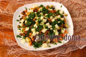 Теплый салат с баклажанами, кабачком и тыквой, рецепт с фото