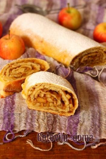 Как приготовить дрожжевой пирог с яблоками