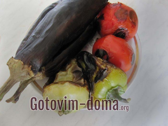 Печеные на армянский салат овощи