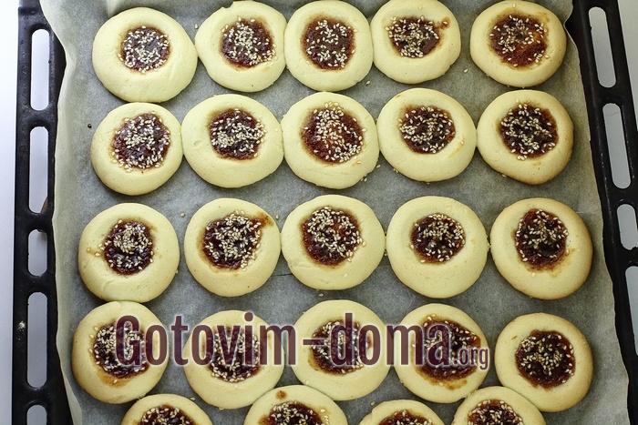 Печенье на растительном масле готово.