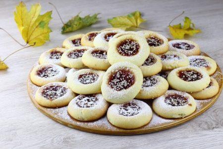 Печенье на растительном масле.
