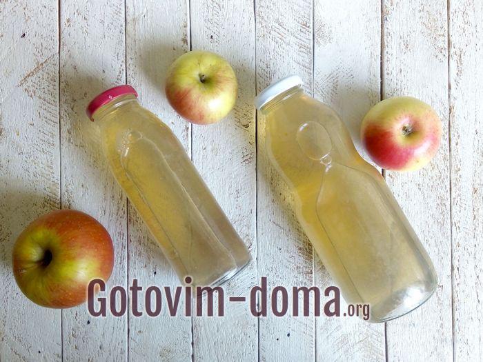 Яблочный сок в бутылках на зиму.