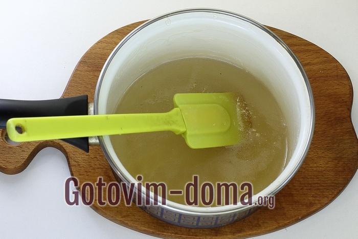 Сироп для ванильного зефира сварен.