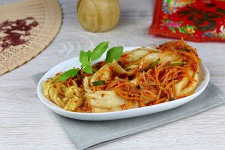 Кимчи из пекинской капусты.